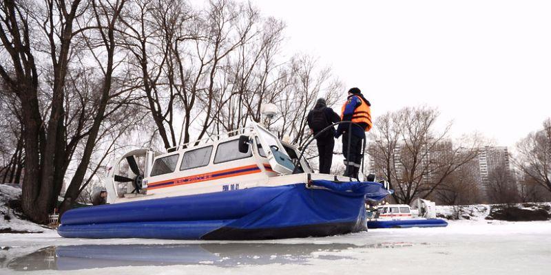 На водоемах Москвы ежедневно выявляется почти 400 нарушений правил безопасности